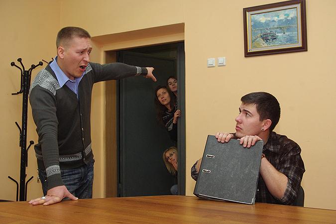 Каждый десятый иркутянин ежедневно ругается наработе