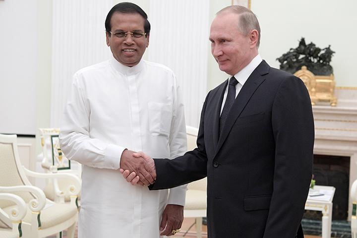 Президент Шри-Ланки: Авторитет В. Путина намеждународной арене непререкаем