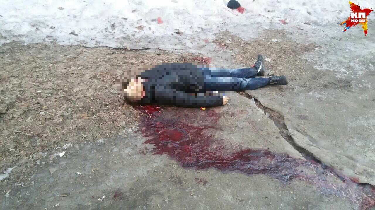Вцентре Саратова обнаружили труп мужчины сножевым ранением