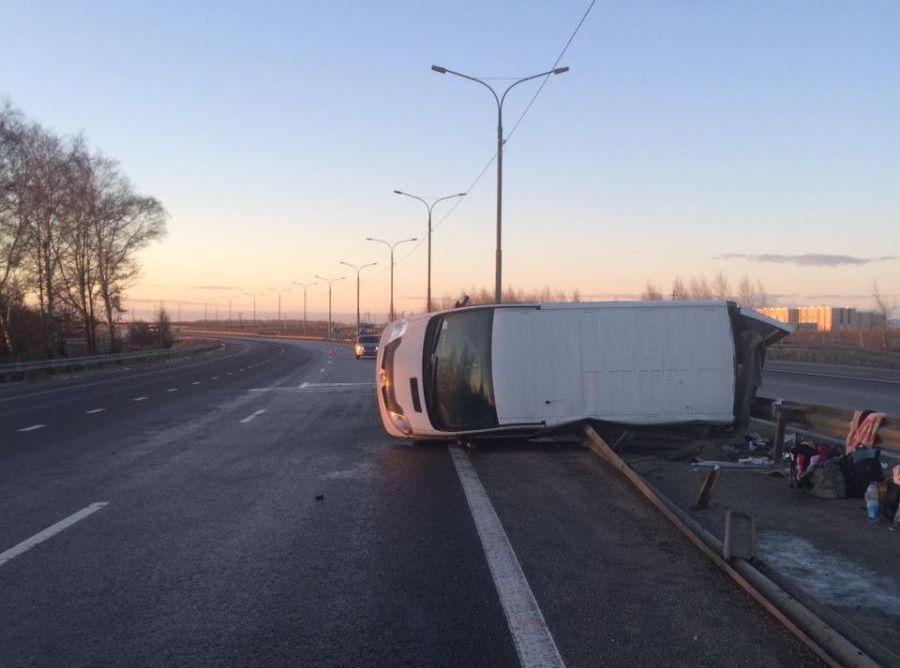 ВУзловском районе перевернулась иностранная машина: пострадали 3 человека