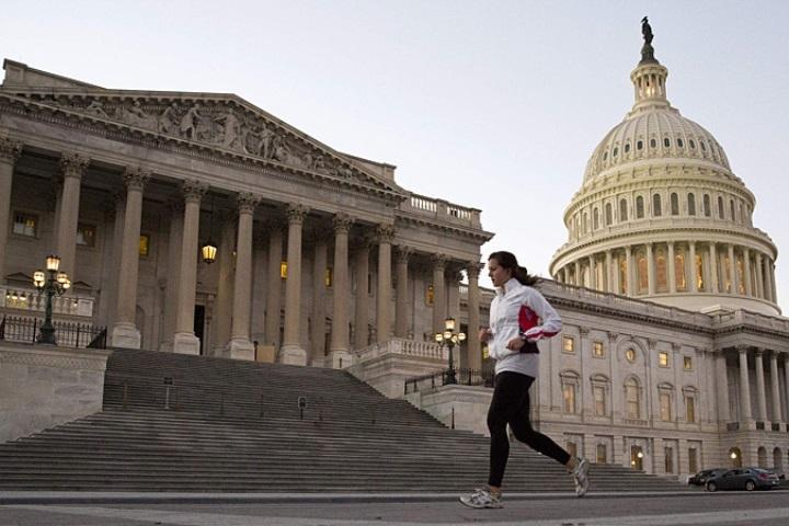 Сенат США завершил дебаты повопросу вступления Черногории вНАТО
