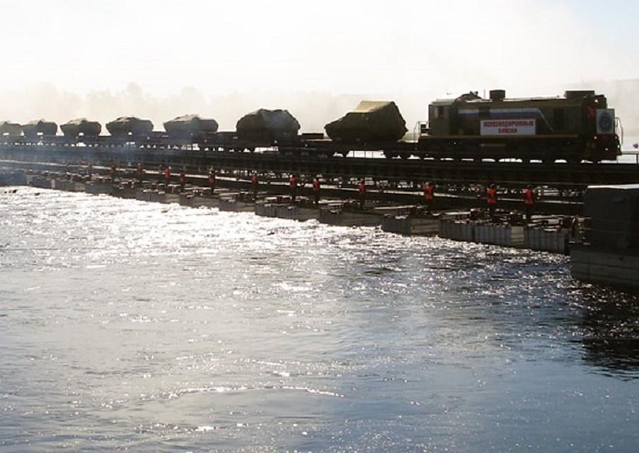 Под Волгоградом военные железнодорожники восстановят «разрушенный» мост