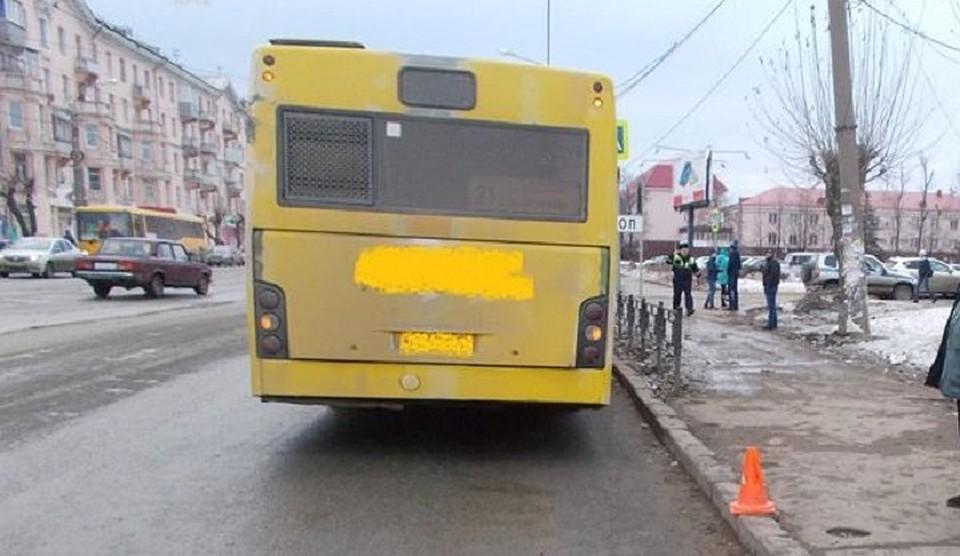 Школьница пострадала в итоге наезда автобуса вИжевске