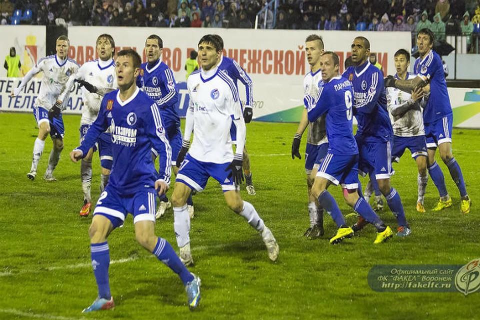 Команды ФНЛ проведут дома первые переходные матчи заправо выступать вРФПЛ