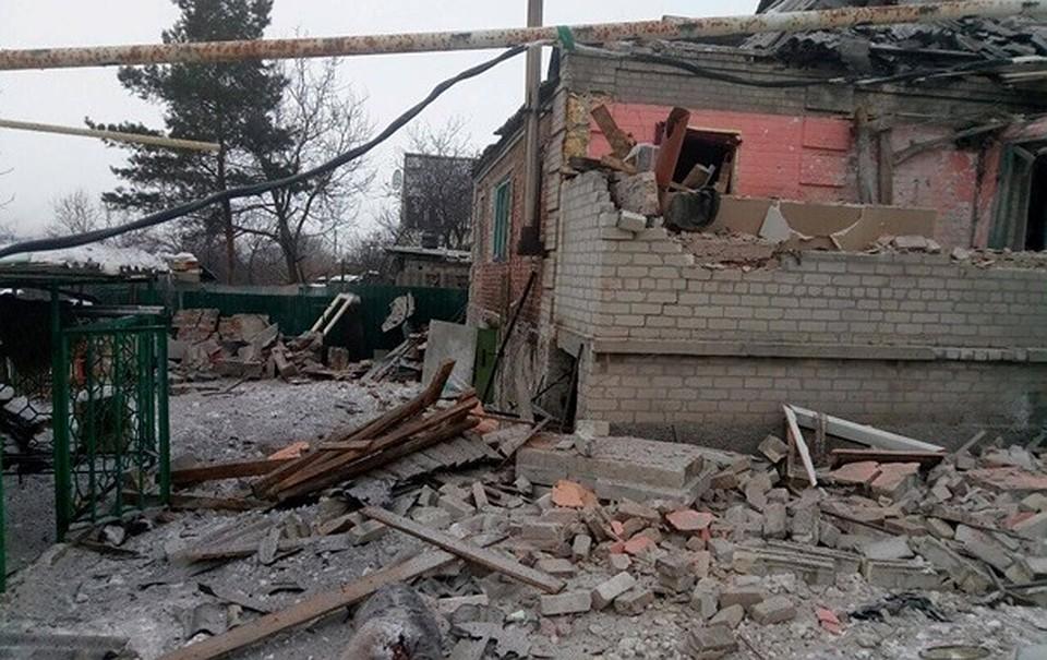 ВДНР проинформировали овозгорании школы под Донецком в итоге обстрела ВСУ
