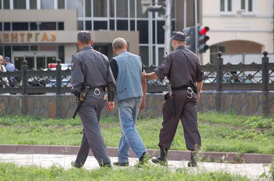 Похитителей люков канализации вТуле отыскали позаписям камер видеонаблюдения