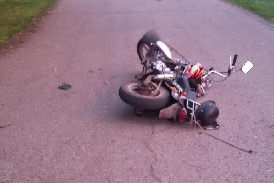 ВПавловском районе Кубани шофёр мопеда умер после столкновения скоровой