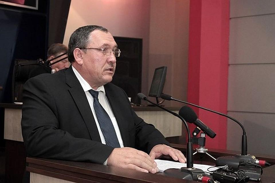 Бийские народные избранники приняли отставку руководителя администрации Николая Нонко