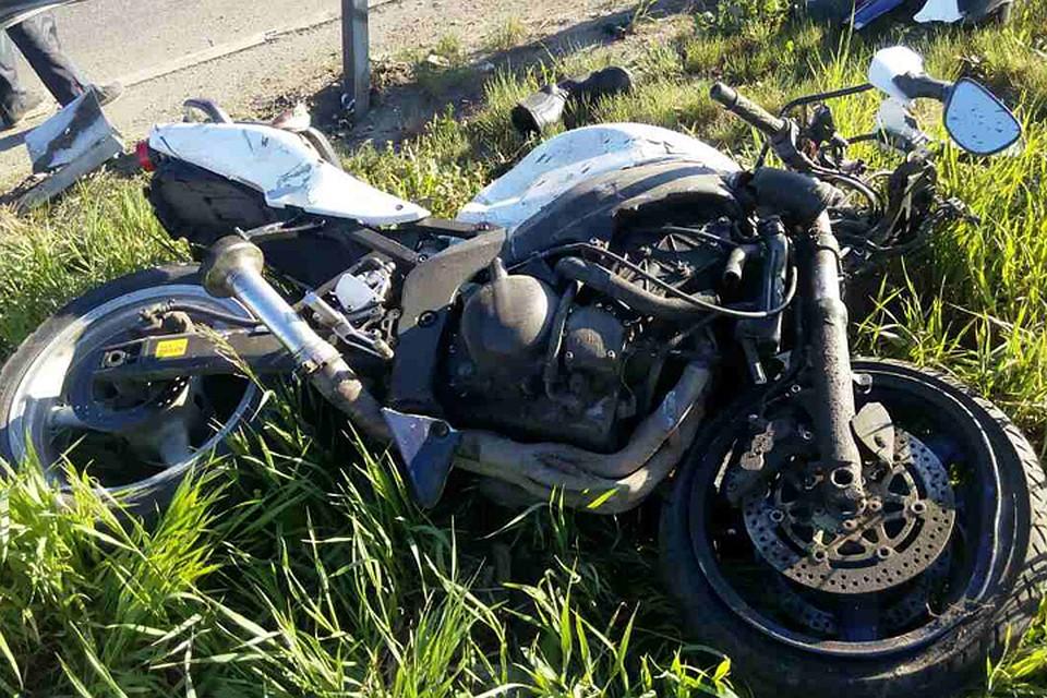 Мотоциклист умер рано утром вИркутске
