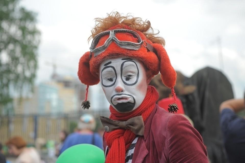 ВХабаровске клоун ограбил свою мать ради игрушек ишариков