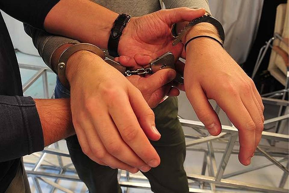 Под Волгоградом 12-летний парень укусил своего насильника запричинное место
