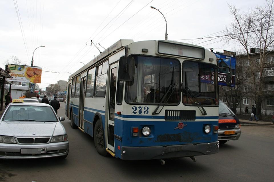 ВИркутске группа молодых людей напала наводителя троллейбуса