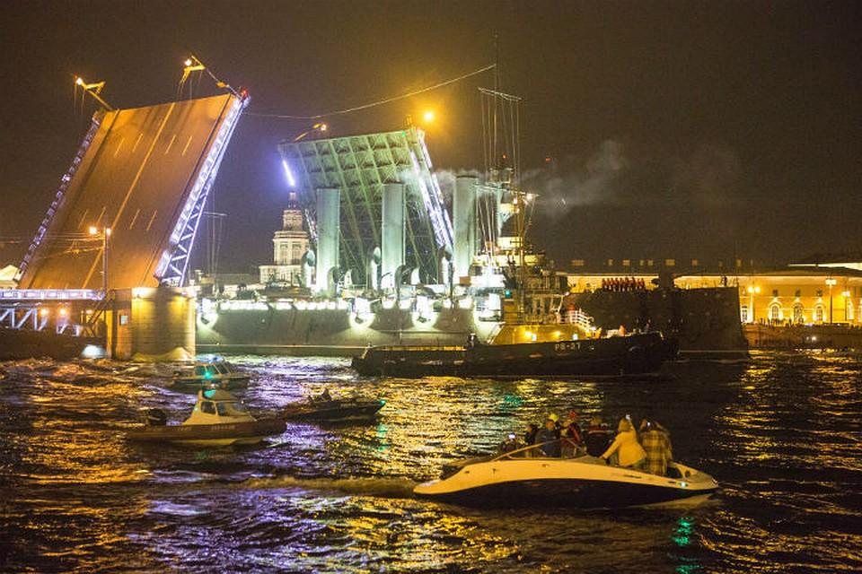 Штрафы занарушения при ремонте «Авроры» превысили 700 тыс. руб.