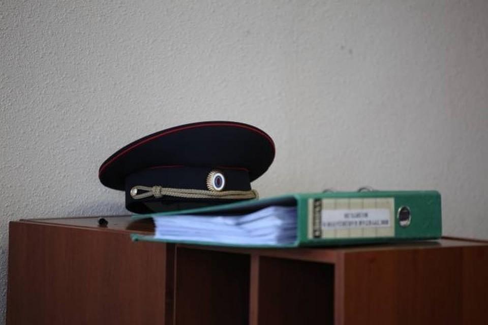 Ревнивая жительница Уссурийска повредила два колеса намашине прежнего молодого человека