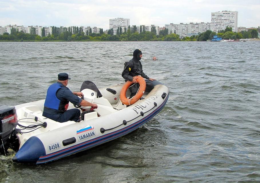 Перед жаркими выходными cотрудники экстренных служб напомнили воронежцам правила безопасности наводе