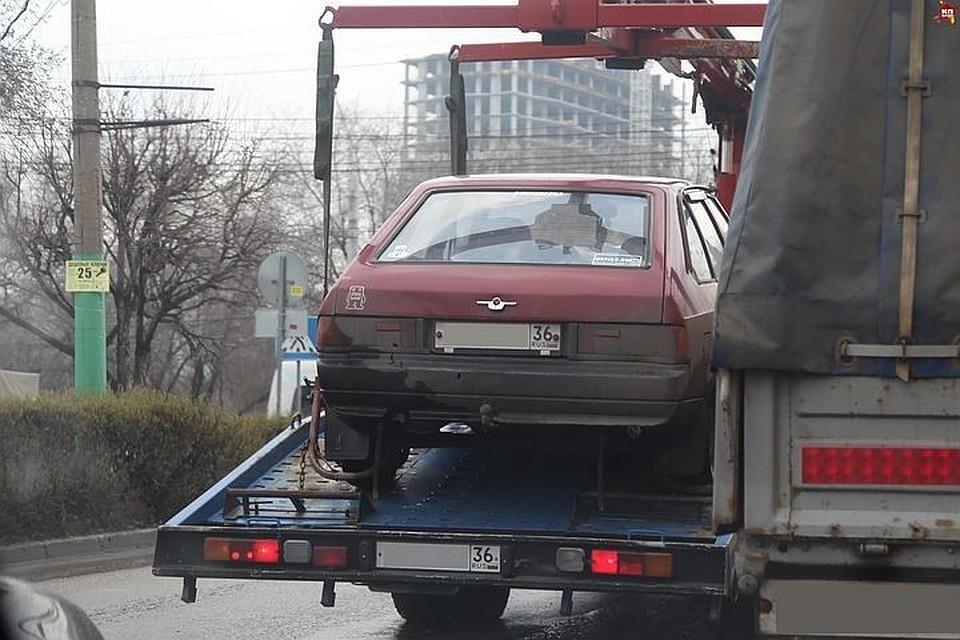 Пошлют поадресу: Воронежских водителей начнут предупреждать обэвакуации машины наштрафстоянку