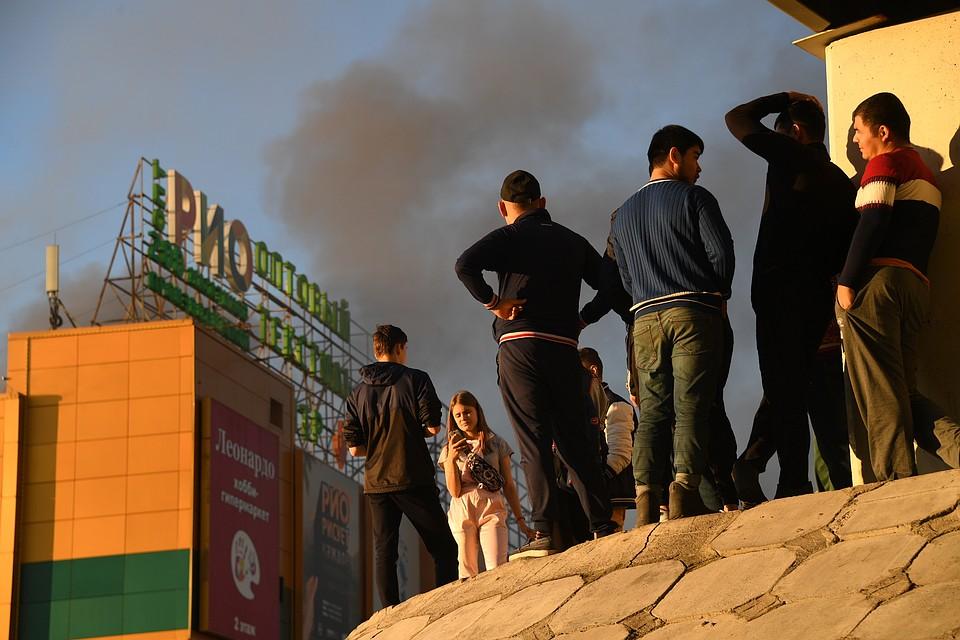 В клиниках столицы остаются 12 пострадавших врезультате сильного возгорания вТЦ «РИО»