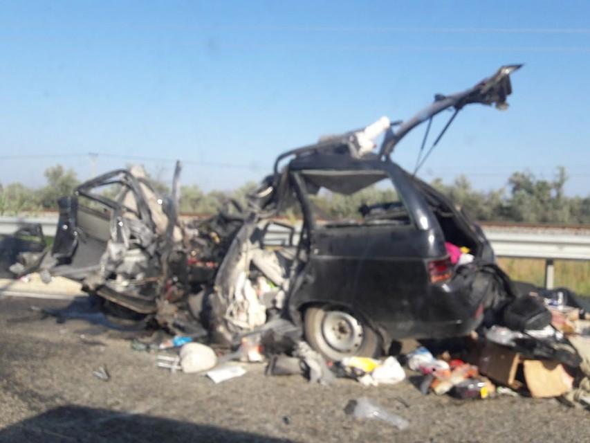 Автобус, перевозивший детей, столкнулся слегковым автомобилем вКраснодарском крае