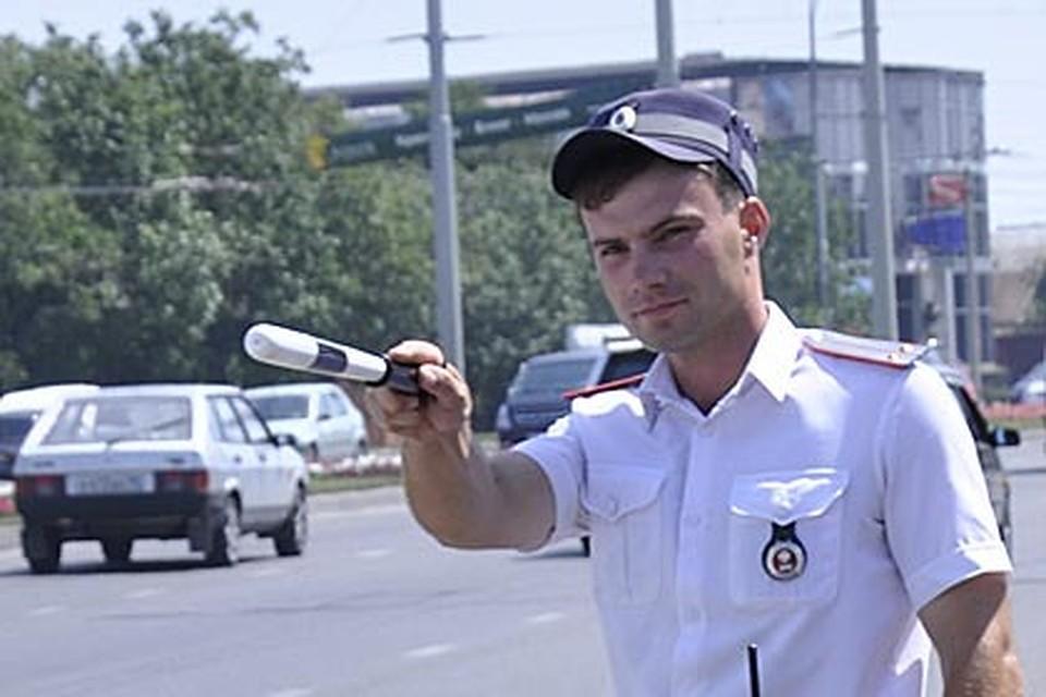 Гражданин Геленджика угнал автомобиль, вкотором находились дети