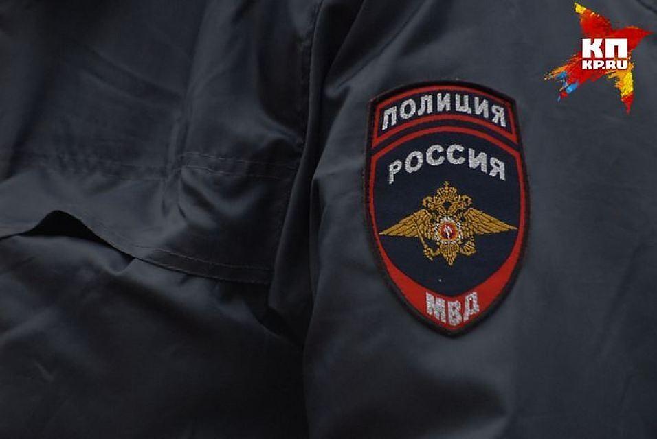 Петербуржцам посоветовали  сообщать оподозрительных соседях вФСБ