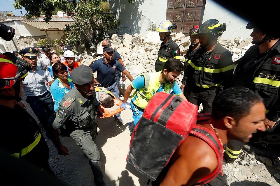 Землетрясение вИталии: наострове Искья введено чрезвычайное положение