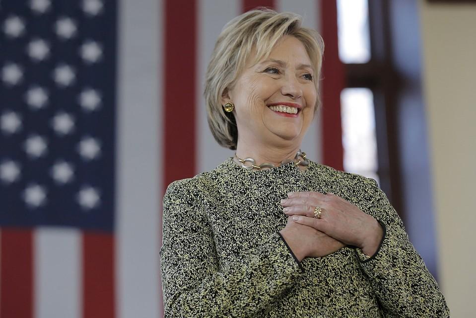 ФБР упорно скрывает информацию по изучению скандала спочтой Хиллари Клинтон
