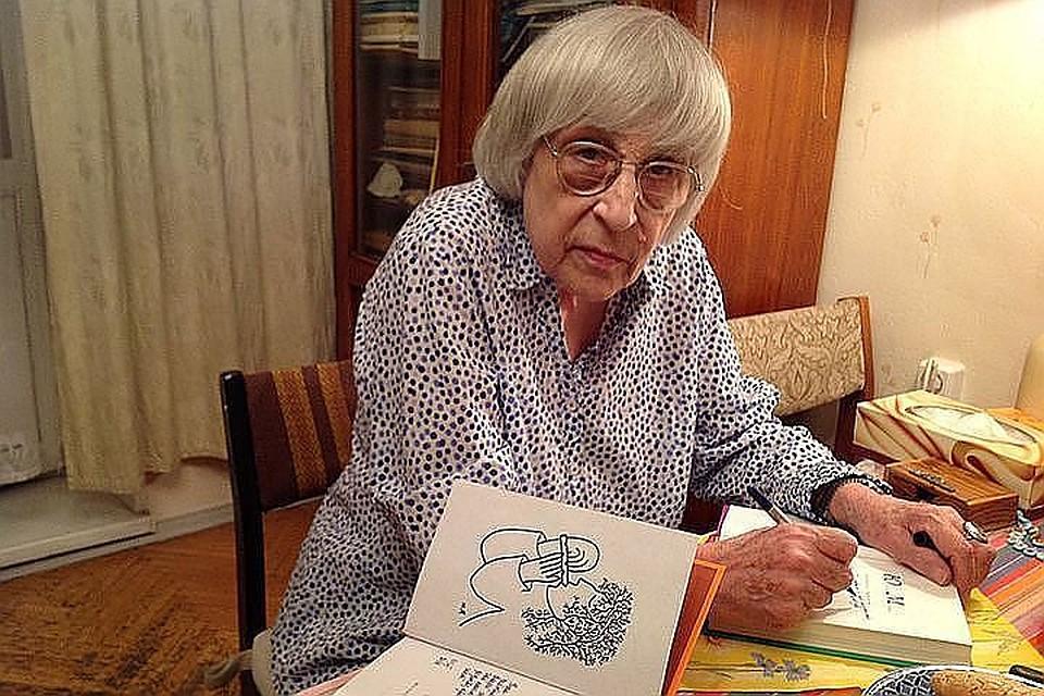 Поэтессса Юнна Мориц угодила в клинику