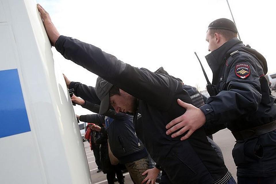 Милиция опровергла слухи окончине таджика, избитого охранникамиТЦ «Москва»