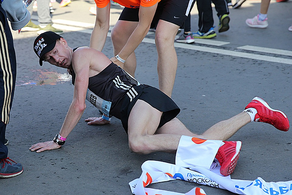 Московский марафон 2-ой год подряд одержал победу житель россии Алексеев