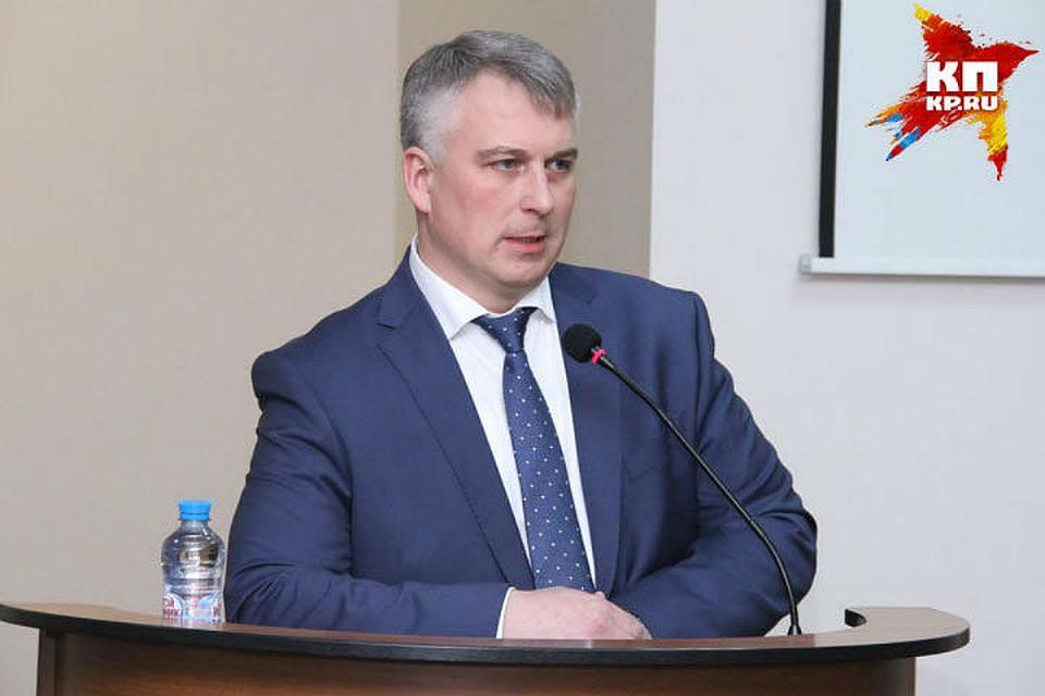 Белов нестал объяснять предложение Никитина оботставке руководства города