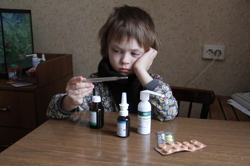 Сразу семь воспитанников челябинской школы слегли спневмонией