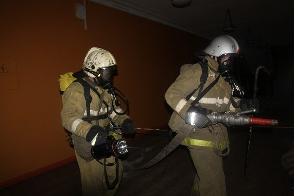 Трое мужчин погибли при ночном пожаре вГордеевском районе