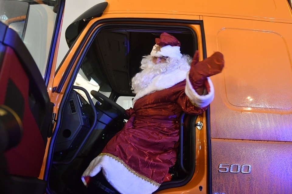 Дедушка  Мороз посетит Омск всередине ноября