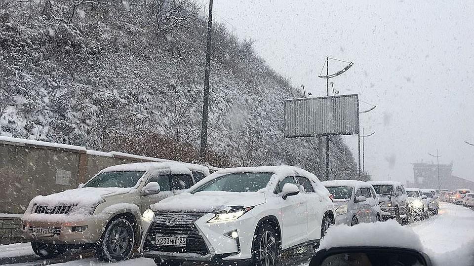 ВоВладивостоке на100% перекрыта дорога Седанка-Патрокл