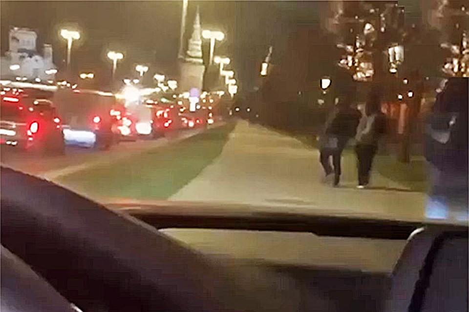 Милиция привлечет кответу ездившего потротуарам уКремля водителя