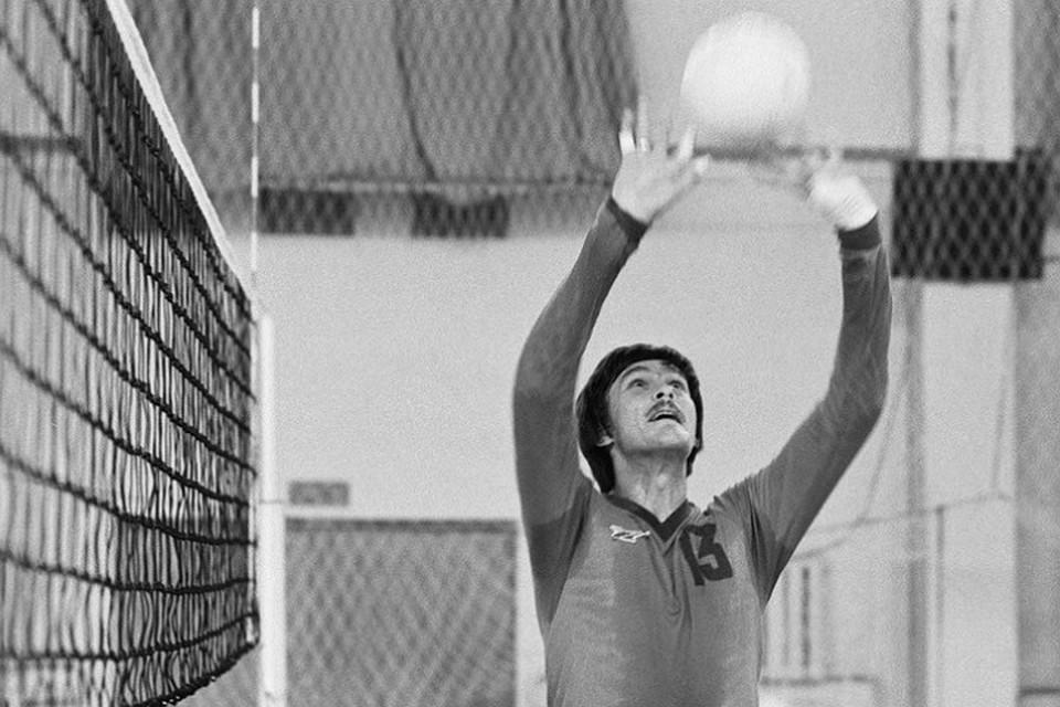 Скончался серебряный призёр Олимпийских игр 1988 года поволейболу Владимир Шкурихин