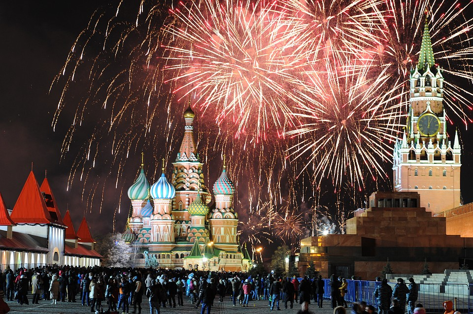 В 2-х парках ЮВАО запустят новогодние фейерверки