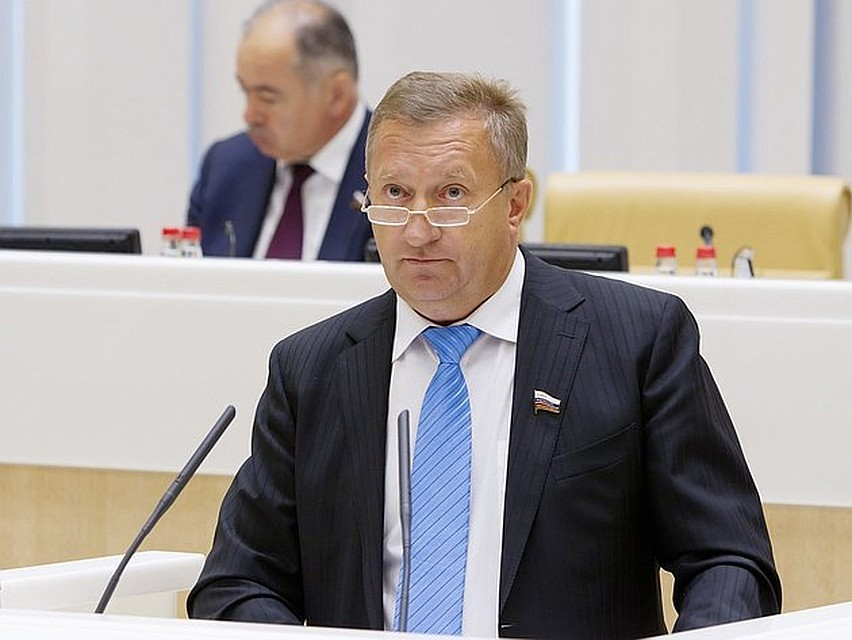 Руководителя Смоленскстата и прежнего сенатора Мишнёва задержали