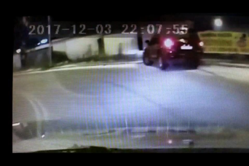 ВЧелябинске нетрезвый работник автосервиса угнал автомобиль клиента ипопал вДТП