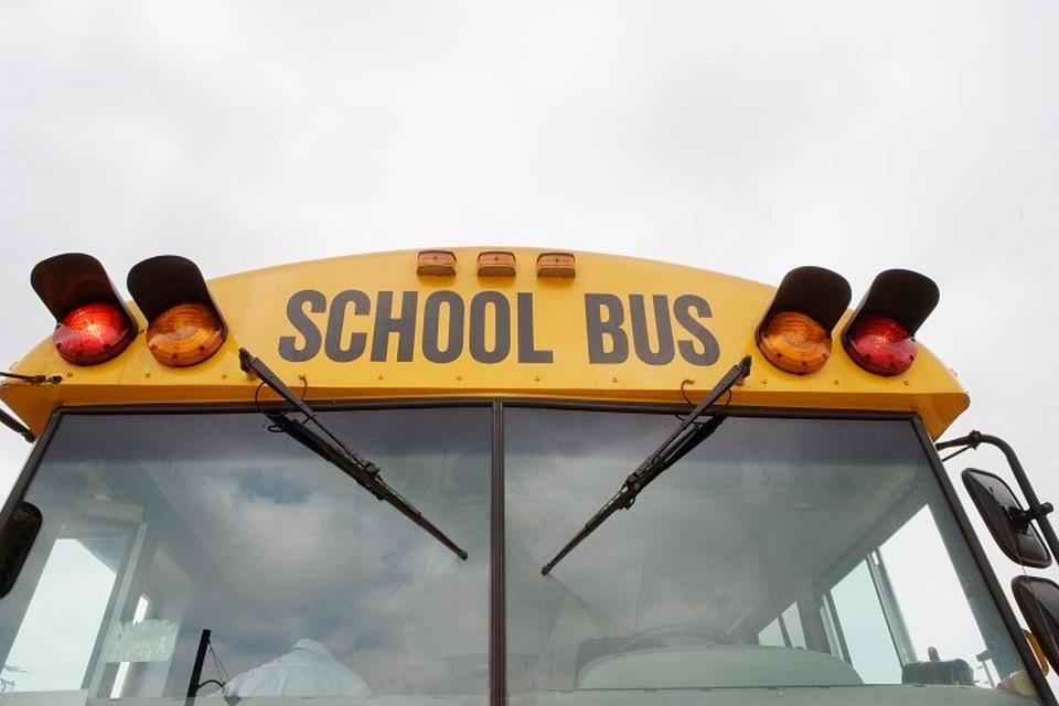 ВоФлориде фургон врезался в ученический автобус, 22 пострадавших