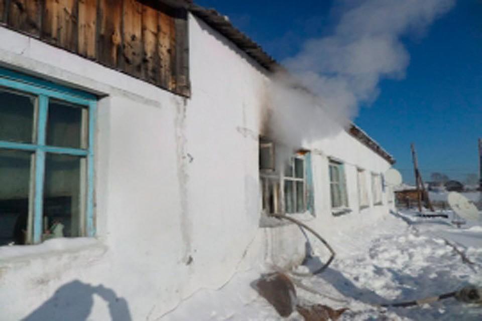 Валтайском селе отугарного газа впожаре умер двухлетний ребенок