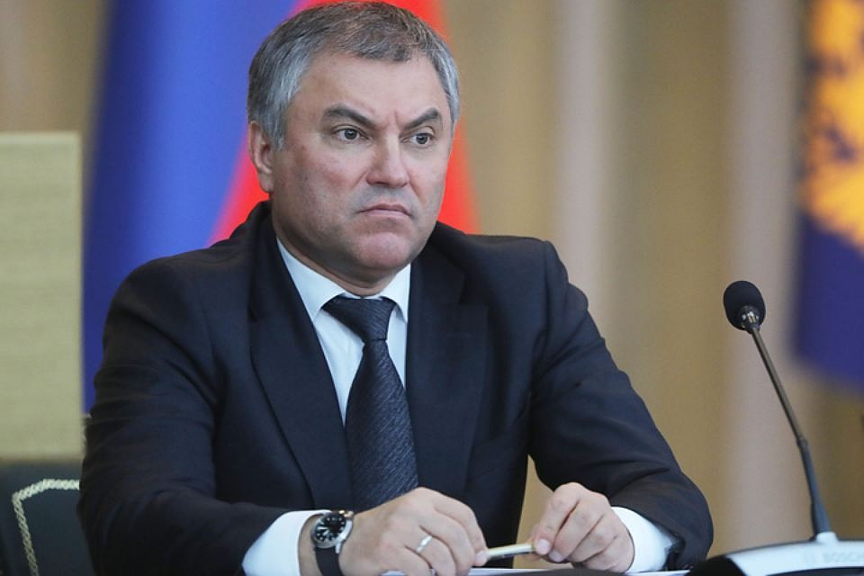 Депутатов Государственной думы начнут регистрировать почертам лица