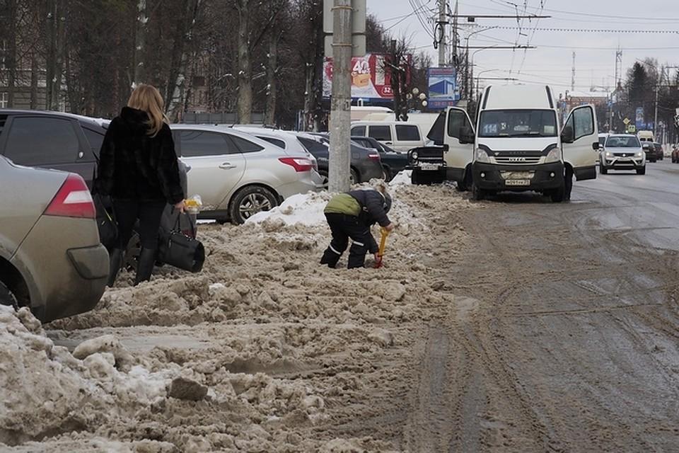 Тульские дороги отснега чистят круглые сутки