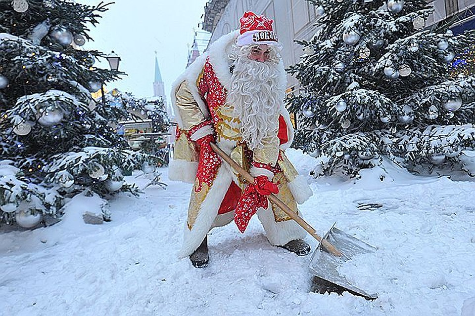 В российской столице  предполагается  небольшой снег идо5 градусов мороза