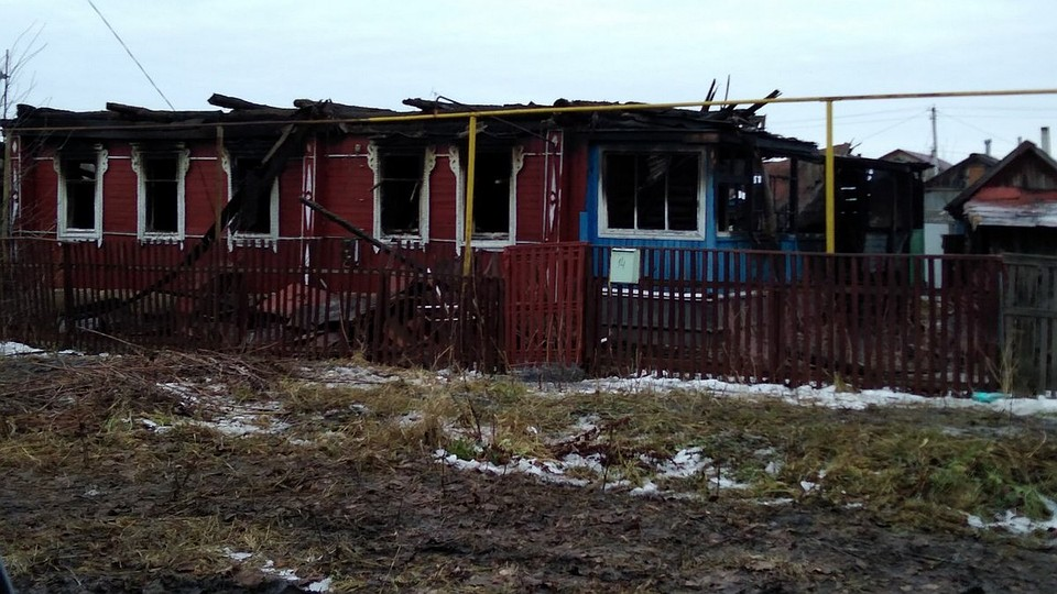 ВСасове сгорел дом впламени пострадал человек