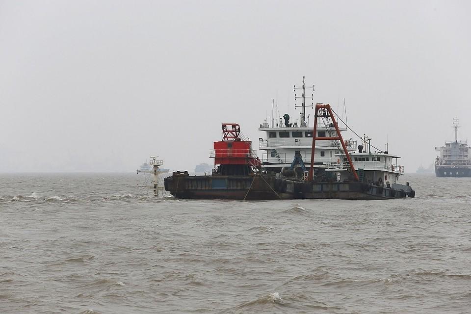 Китайские корабли вошли вводы близ неоднозначных островов Сенкаку