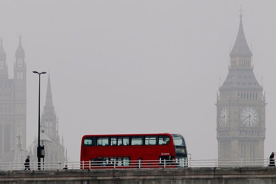Члены английского парламента обратились кМэй из-заЧП стуалетами