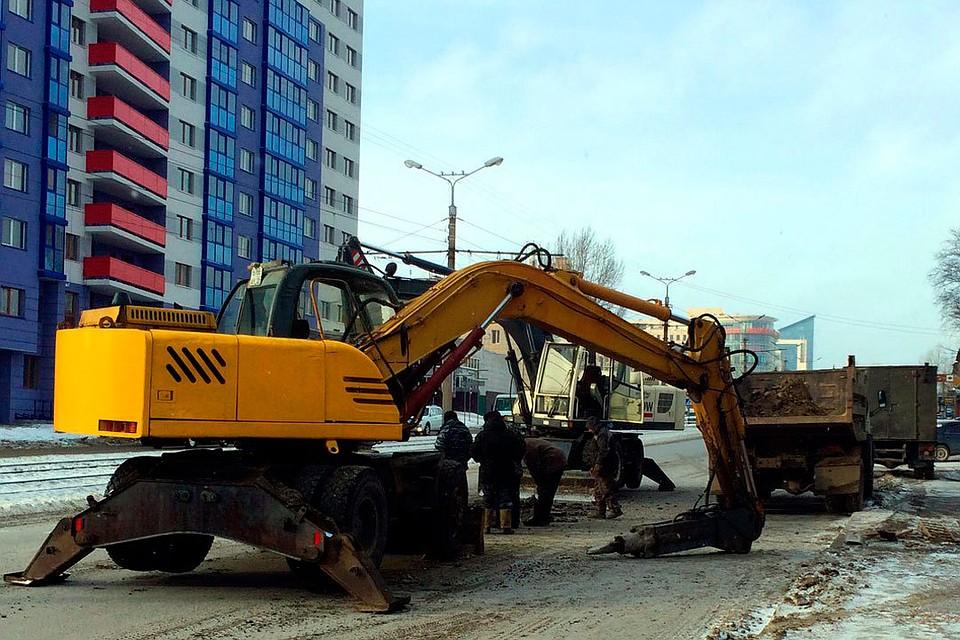 Из-за порыва водопровода вБарнауле насутки перекрыли улицу