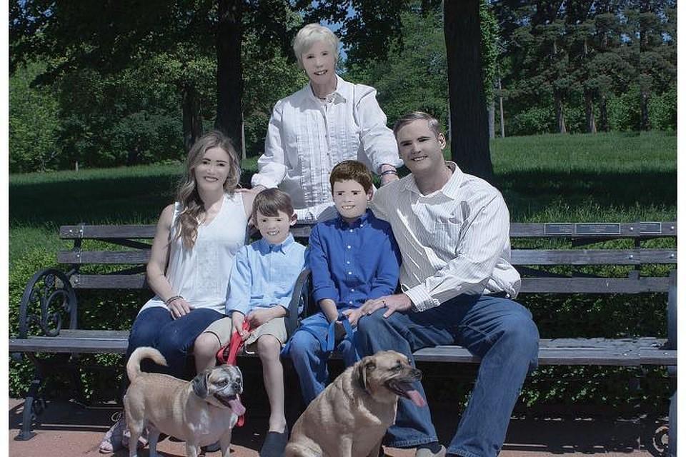 Фотосессия $250 семьи изсоедененных штатов взорвала интернет