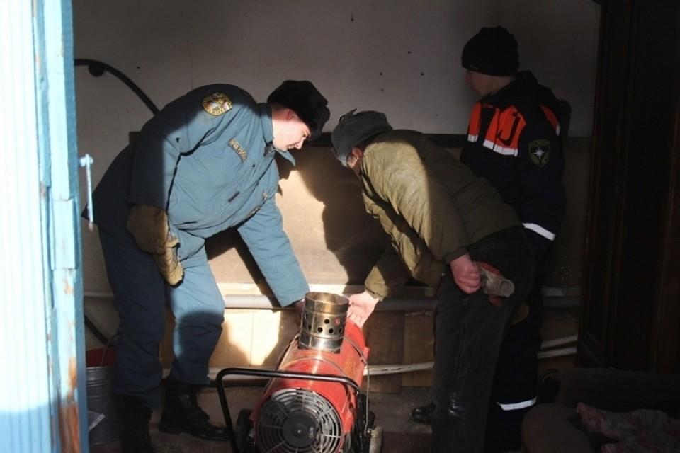 Теплоснабжение продолжают восстанавливать валтайском селе Кусак